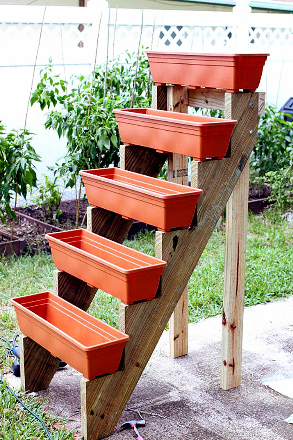 diy-vertical-garden-planter2